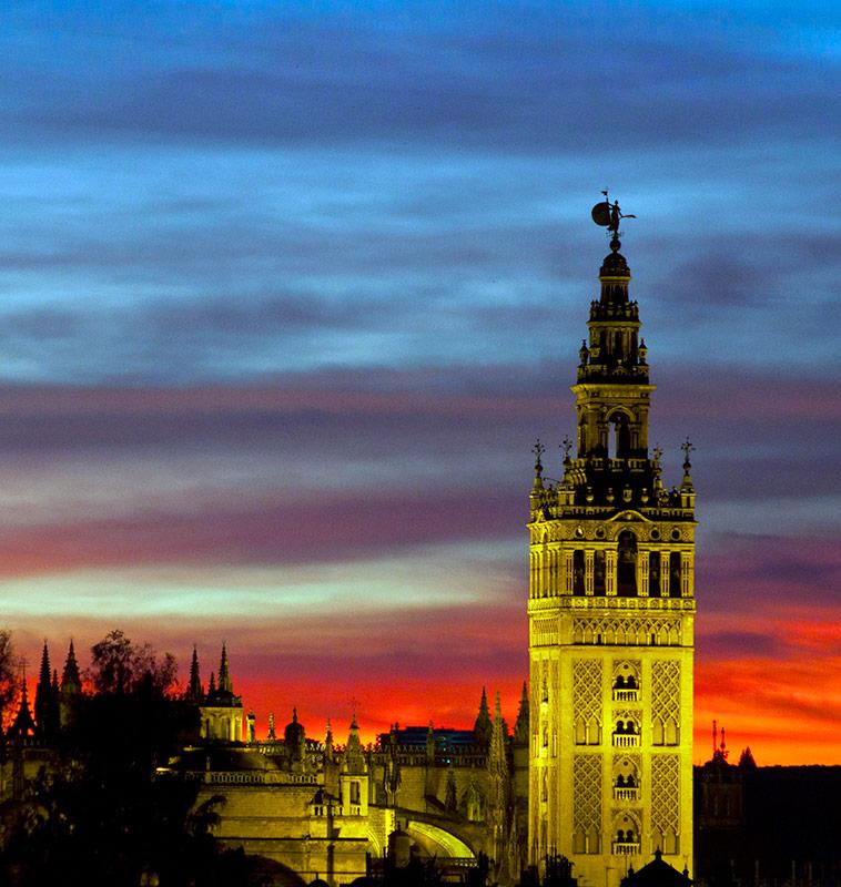Nuestros estudiantes participan en la Fiesta de la historia en Sevilla.