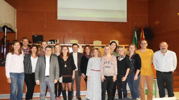 María del Carmen Castillo recibe al alumnado y profesorado del programa ErasmusPlus del IES Francisco Montoya